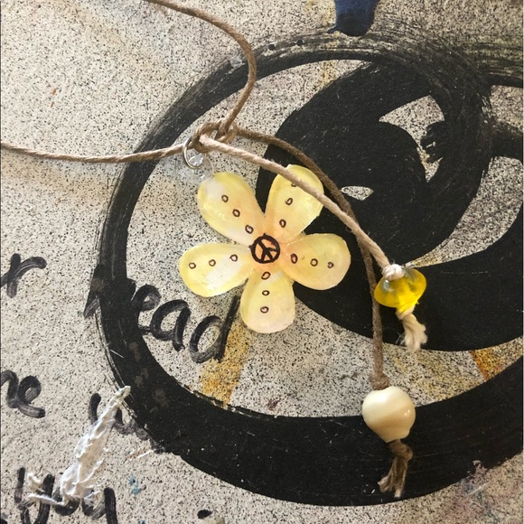 Jewelry - Hand painted peace flower necklace